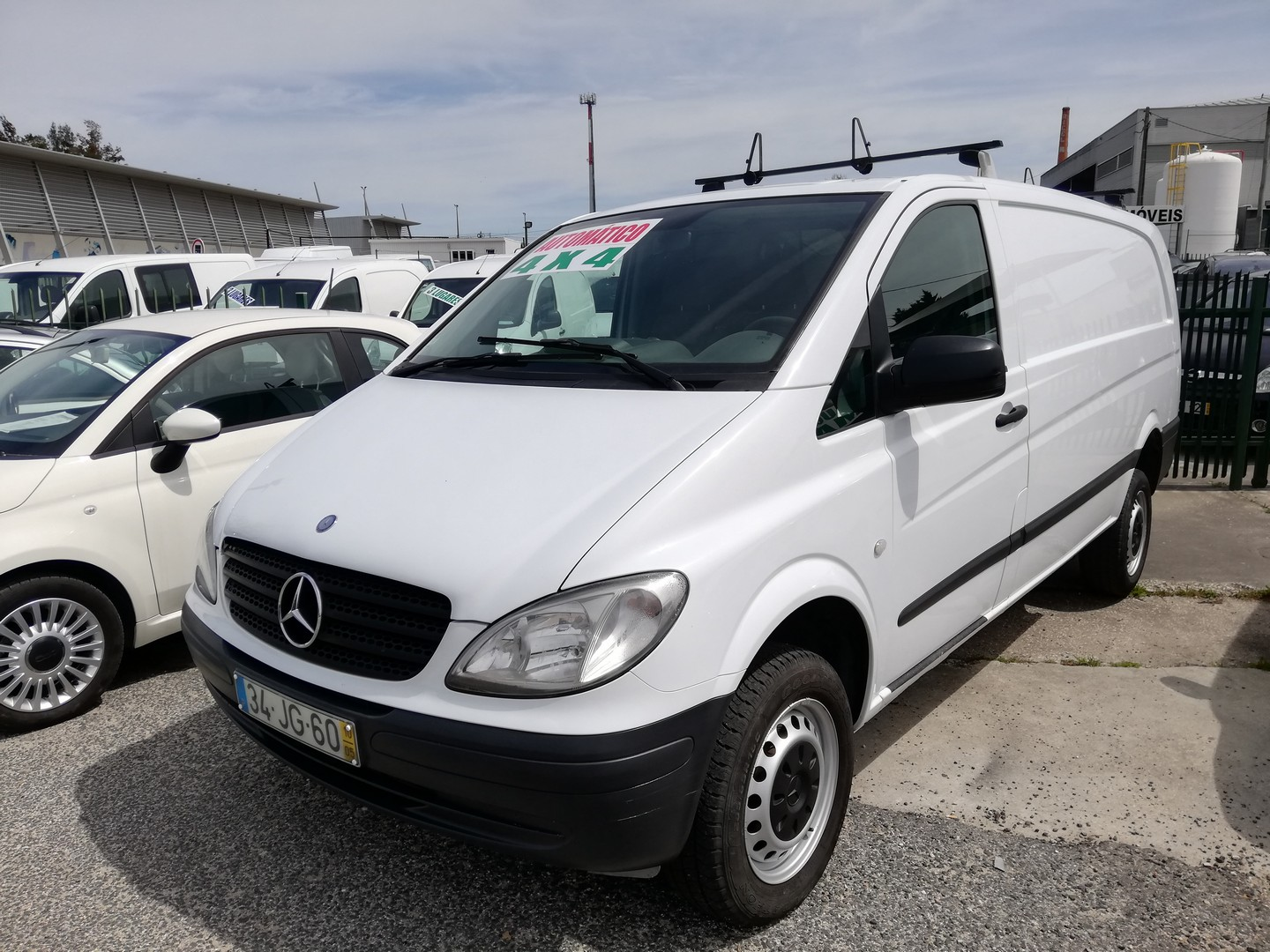 Mercedes-Benz - Vito 111 4-Matic 4X4 IVA Dedútivel